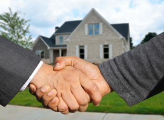 Selling Your Home to a Cash Buyer vs. Selling to a Professional Buyer