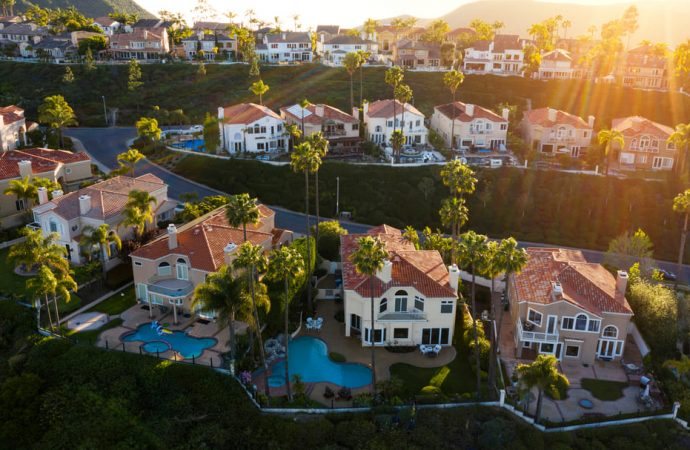How to Sell Your House in the Summer in Anaheim, CA